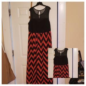 SAMI & JO MAXI DRESS 2X RED BLACK polyester